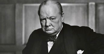 Winston_Churchill_fb